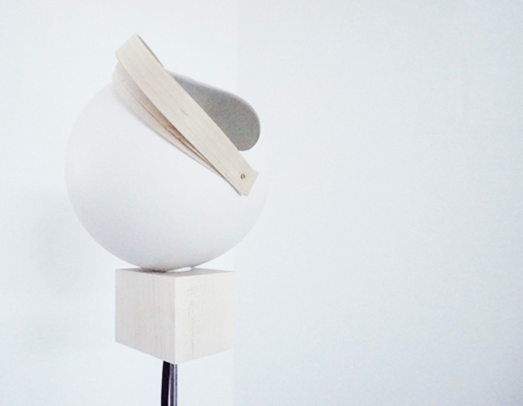 Ball Lamp par Charlotte Jonckheer Scandinave