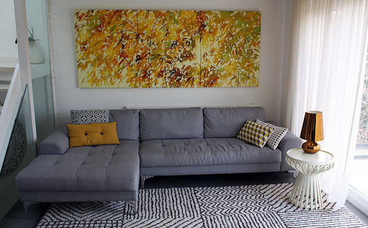 First floor living room AZ INTERIORS ArtworkPictures & paintings