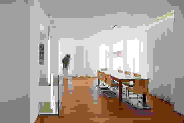 Comedores de estilo  por Moser Architects, Minimalista