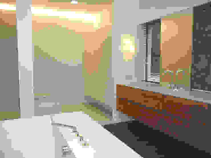Badezimmer Moderne Badezimmer von GESSNER INNENARCHITEKTUR Modern