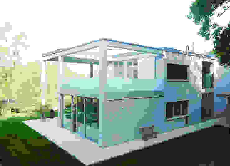 Terrasse Obergeschoss Moderne Häuser von GESSNER INNENARCHITEKTUR Modern