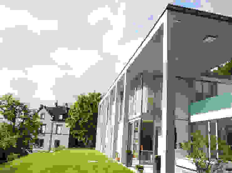 Eingansbereich Moderne Häuser von GESSNER INNENARCHITEKTUR Modern