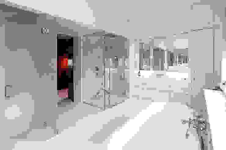 Drummonds Case Study: Tudor House, Roehampton Drummonds Bathrooms 衛浴洗手台