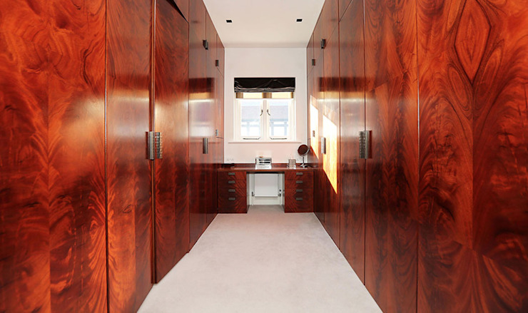 Drummonds Case Study: Tudor House, Roehampton Drummonds Bathrooms Nowoczesna łazienka
