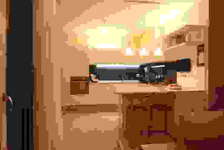 Villetta a schiera Cucina moderna di Falegnameria Ferrari Moderno