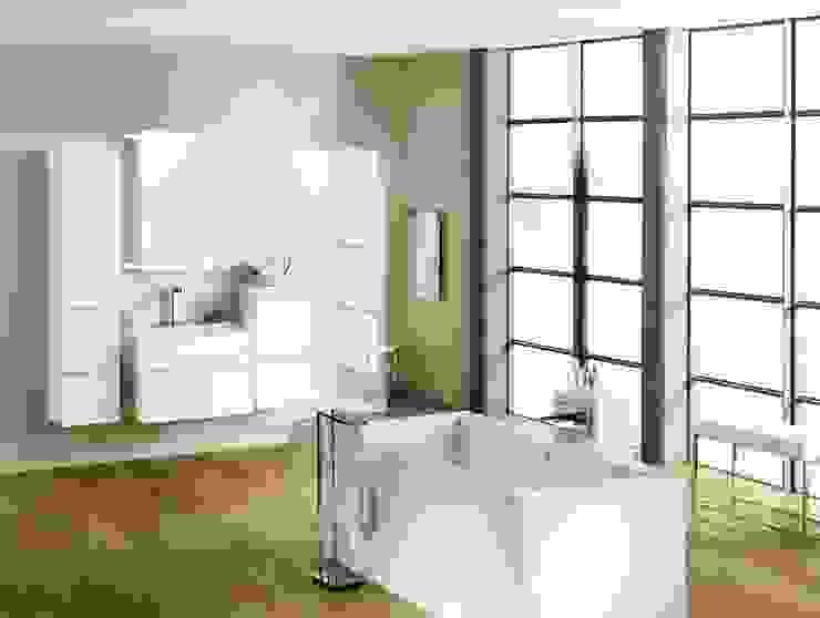 Minimalist style bathroom by Pfeiffer GmbH & Co. KG Minimalist