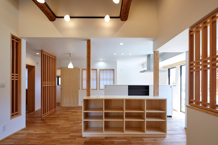 LDK1: 川良昌宏建築設計事務所 Kawara Masahiro Architect Officeが手掛けた現代のです。,モダン