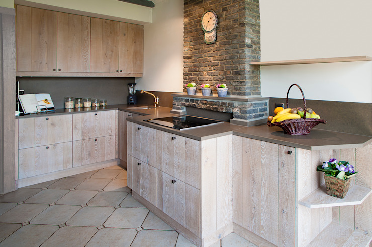 Country style kitchen by RENO GROUP Country