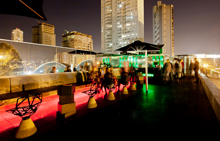 D-Edge Bares e clubes modernos por Zemel+ ARQUITETOS Moderno