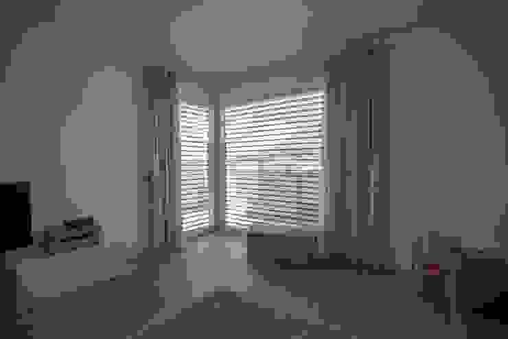 Casa Rialti, un mix tra innovazione e tradizione STP srl Camera da letto moderna