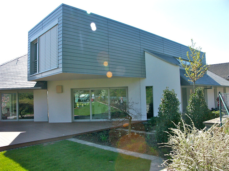 Maisons modernes par gmyrekarchitekten Moderne