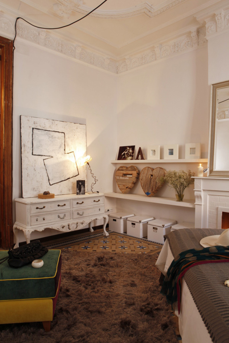 Piso en el Eixample de Barcelona. 2013 Dormitorios de estilo ecléctico de Deu i Deu Ecléctico