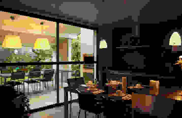 Casa La Varenne. París. 2013 Cocinas de estilo ecléctico de Deu i Deu Ecléctico