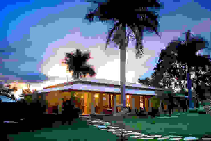 FAZENDA SAN RAFAEL Casas coloniais por DUPLA ARQUITETURA ESTRATÉGICA Colonial