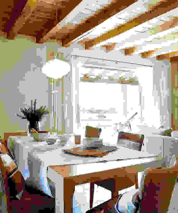 Casa Porto Saler. Formentera. 2000 Comedores de estilo rústico de Deu i Deu Rústico