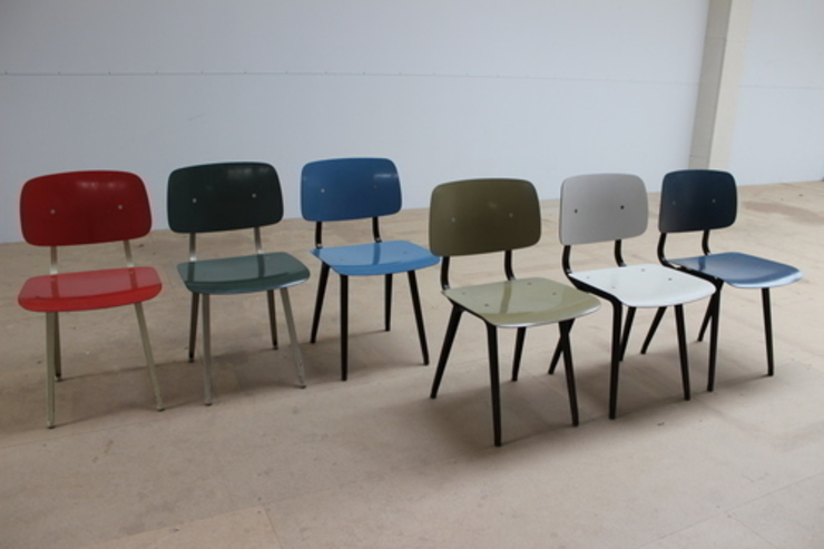 Set of 6 Friso Kramer Revolt Chairs de Diagonal Furniture Ecléctico