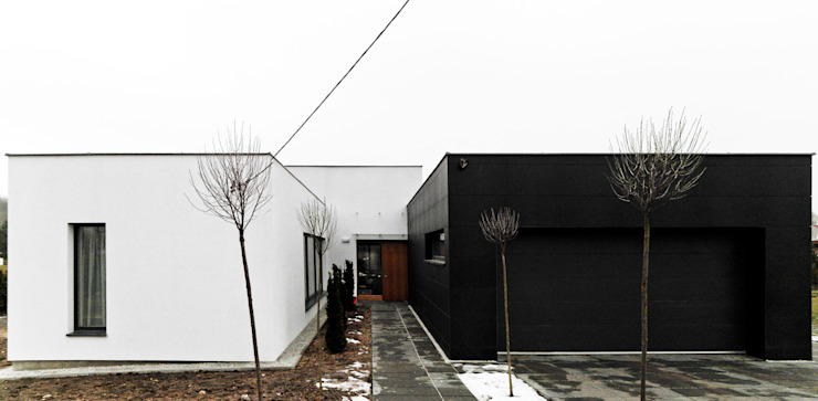 Minimalist house by Le 2 Workshop Minimalist
