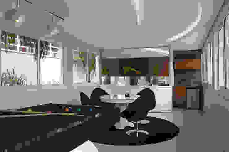 Casa da Serra Salas multimídia modernas por Arquiteto Aquiles Nícolas Kílaris Moderno