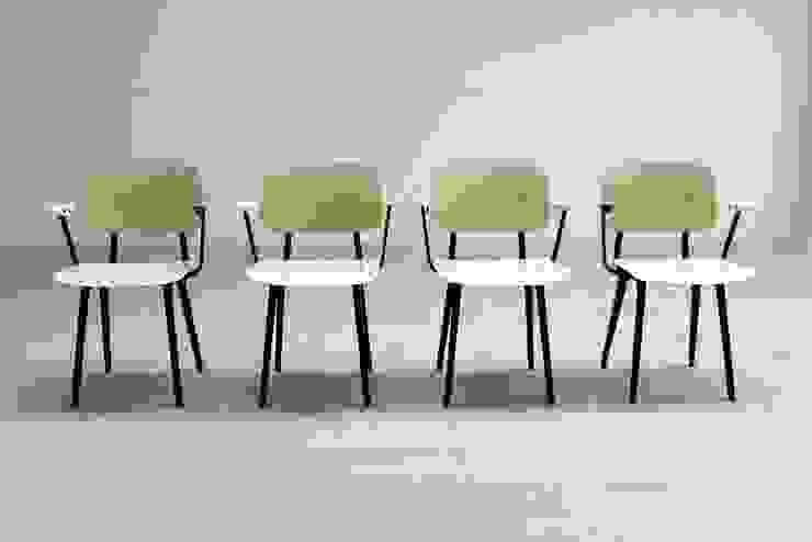 Set of 4 Revolt Chairs 4065 de Diagonal Furniture Ecléctico