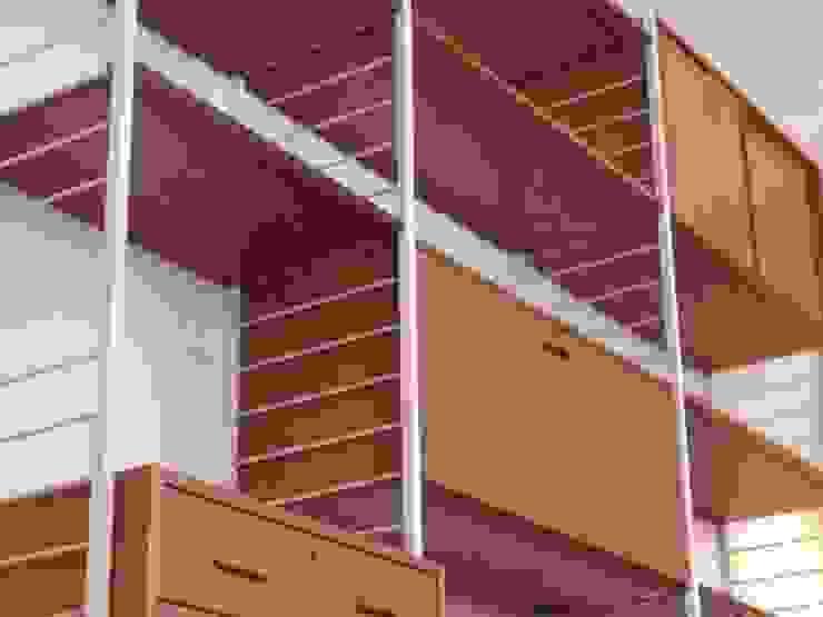 de estilo industrial por Diagonal Furniture , Industrial