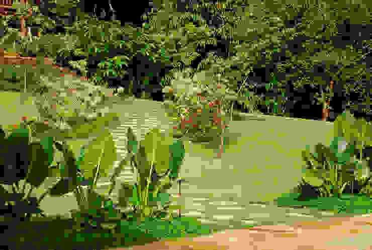 Residência SA - Ilhabela, SP por Gil Fialho Paisagismo