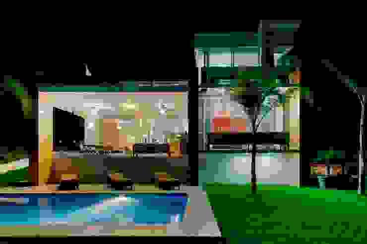 Balcones y terrazas modernos de Excelencia en Diseño Moderno