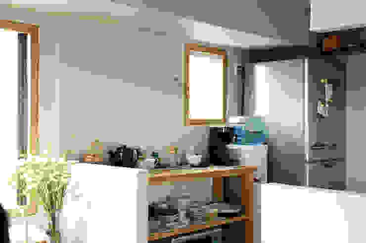 トリミングルーム 北欧スタイル 窓&ドア の 稲山貴則 建築設計事務所 北欧