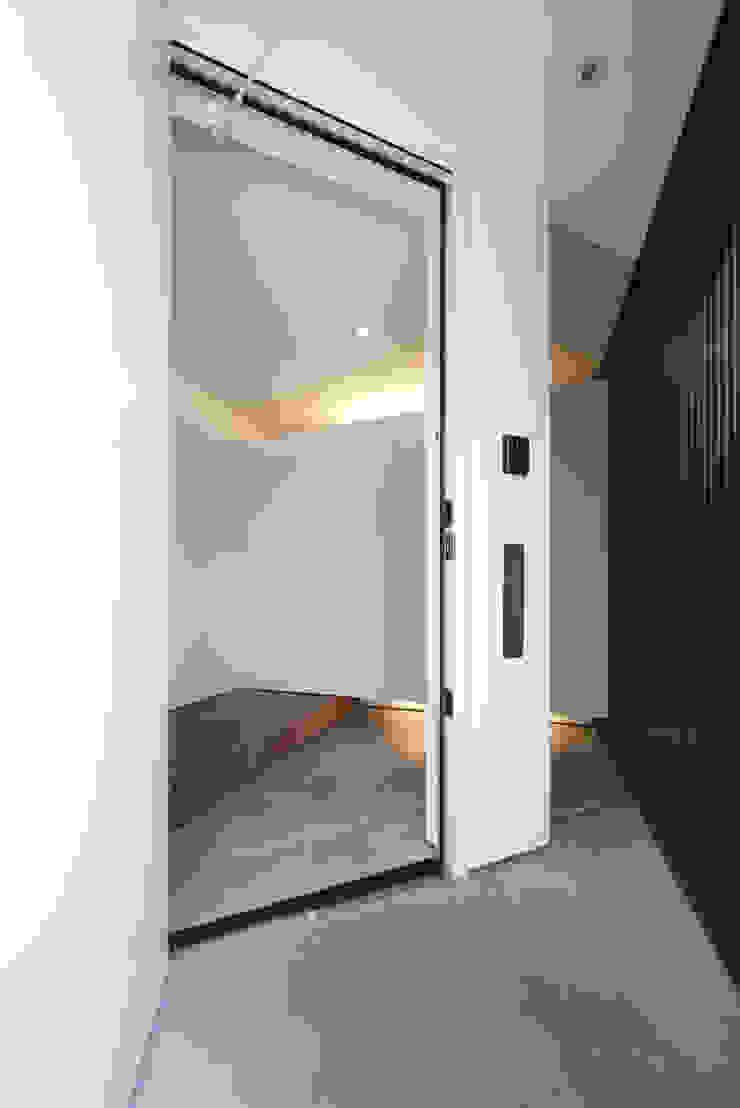 浅間町の家 オリジナルな 窓&ドア の 小野澤裕子建築設計事務所 オリジナル