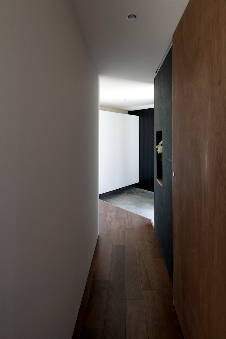 浅間町の家 オリジナルスタイルの 玄関&廊下&階段 の 小野澤裕子建築設計事務所 オリジナル