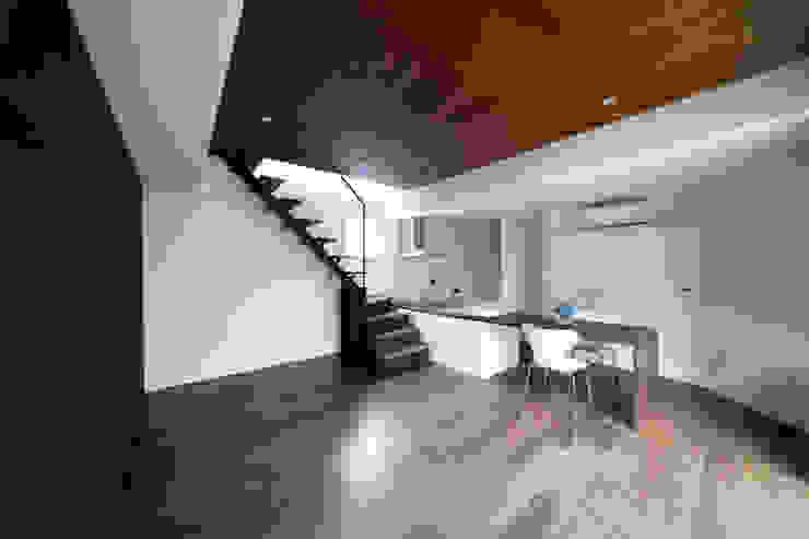 浅間町の家 オリジナルデザインの リビング の 小野澤裕子建築設計事務所 オリジナル