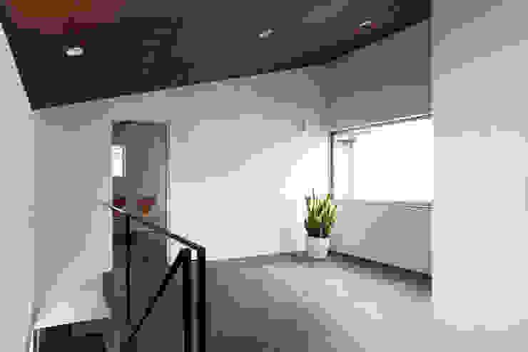 浅間町の家 オリジナルデザインの 多目的室 の 小野澤裕子建築設計事務所 オリジナル
