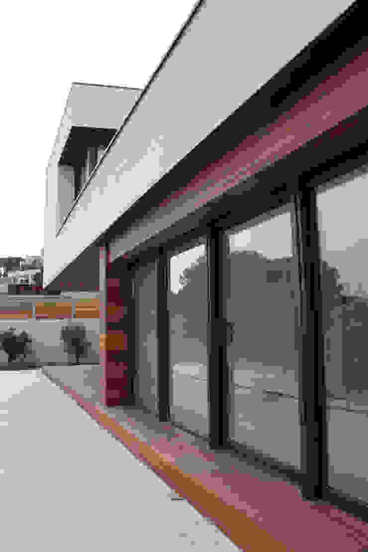 Gevelmateriaal Moderne huizen van Hamers Arquitectura Modern