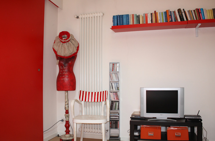 Vista dell'arredamento del soggiorno Soggiorno moderno di Studio999 Moderno