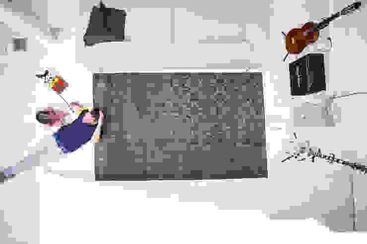 de estilo  por KIM LAYANI Teppiche/ Carpets, Moderno