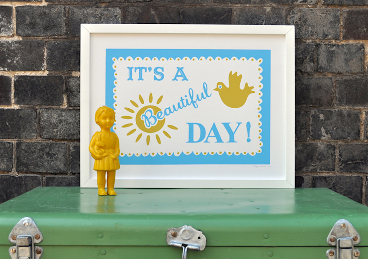 It's a beautiful Day Print: modern  by Mary Fellows, Modern