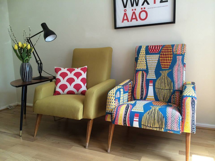 Pair of Mid Century French club chairs reupholstered in mustard wool and Sanderson Hayward fabrics von Eclectic Chair Upholstery Ausgefallen