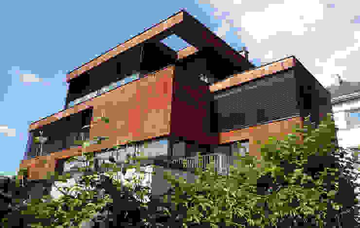 Minimalist house by Architekt Zoran Bodrozic Minimalist