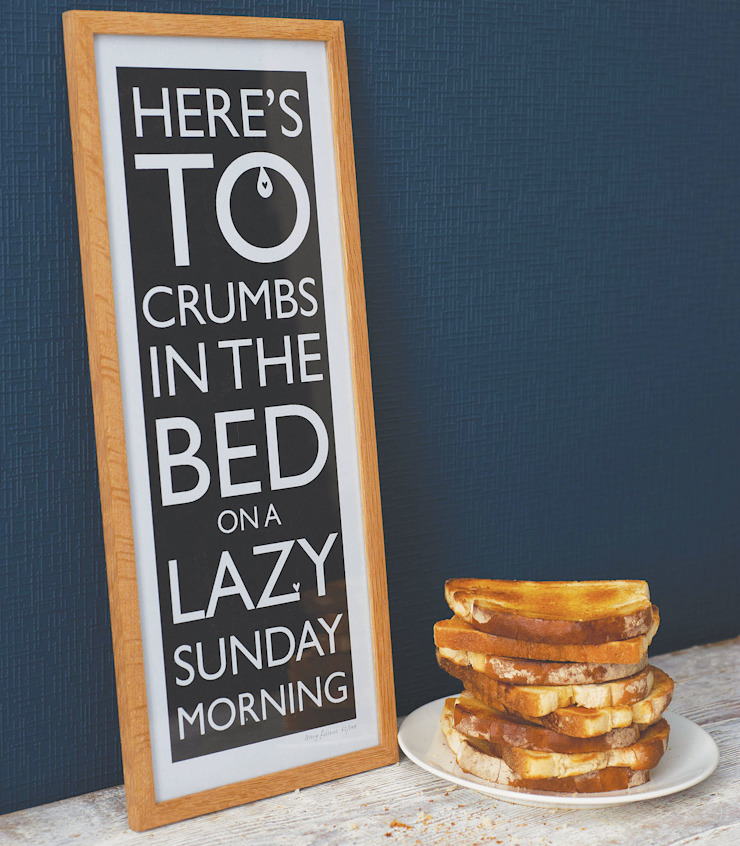 Crumbs in the Bed: modern  by Mary Fellows, Modern