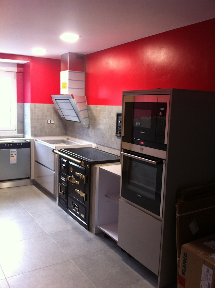 Reforma Cocina Cocinas de estilo moderno de INNOVA MDS SL Moderno