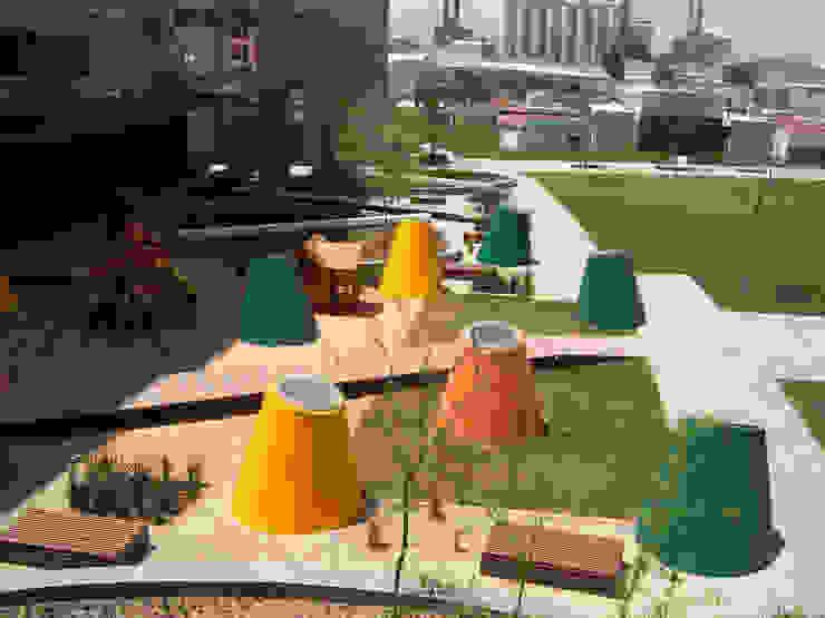 Tragaluces cónicos Jardines modernos de KVR Arquitectura de paisaje Moderno