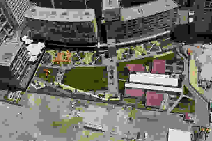 Vista aérea Jardines modernos de KVR Arquitectura de paisaje Moderno
