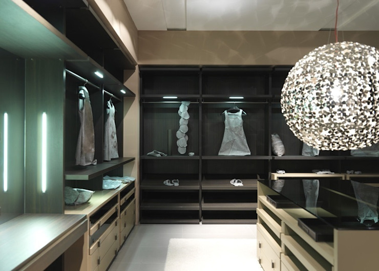 Bespoke dressing room Lamco Design LTD 更衣室衣櫥與櫥櫃