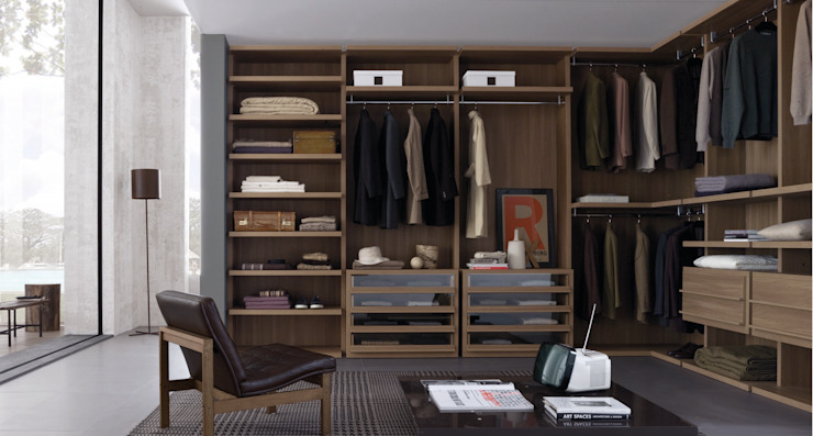 Walnut walk in wardrobe Lamco Design LTD VestidoresArmarios y cómodas