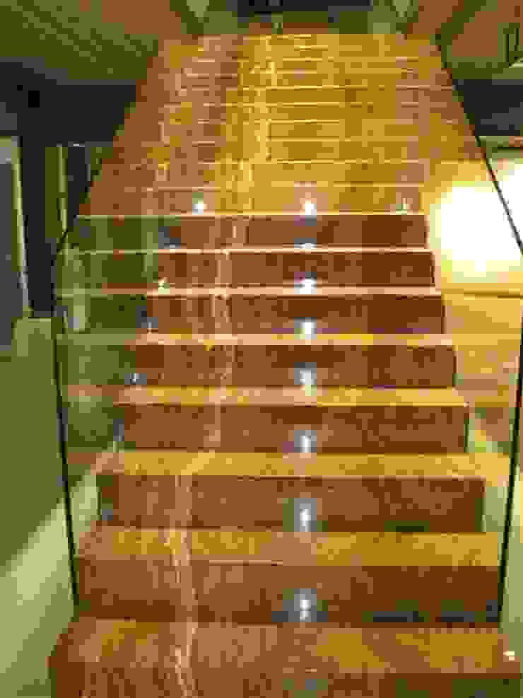 marmoles la pedrera Koridor & Tangga Gaya Mediteran
