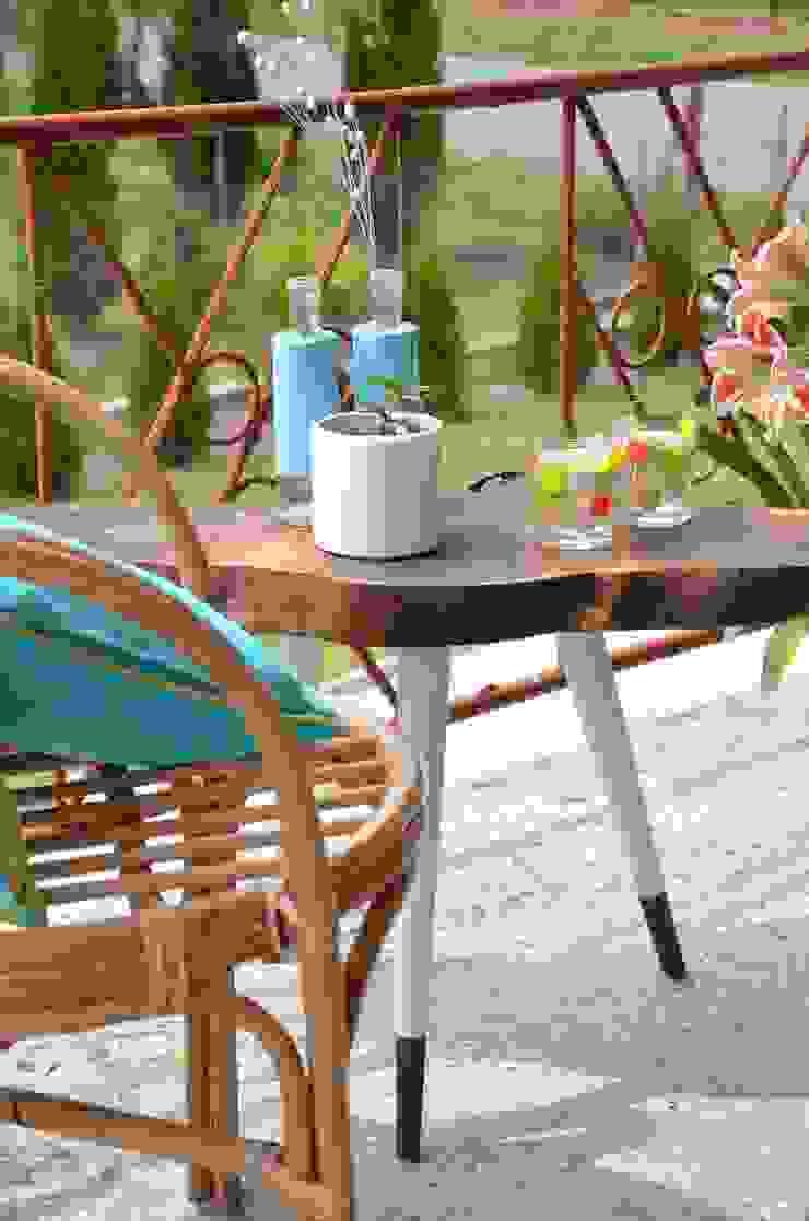 3 Brown STILL WOOD stolik kawowy od D2 Studio Skandynawski