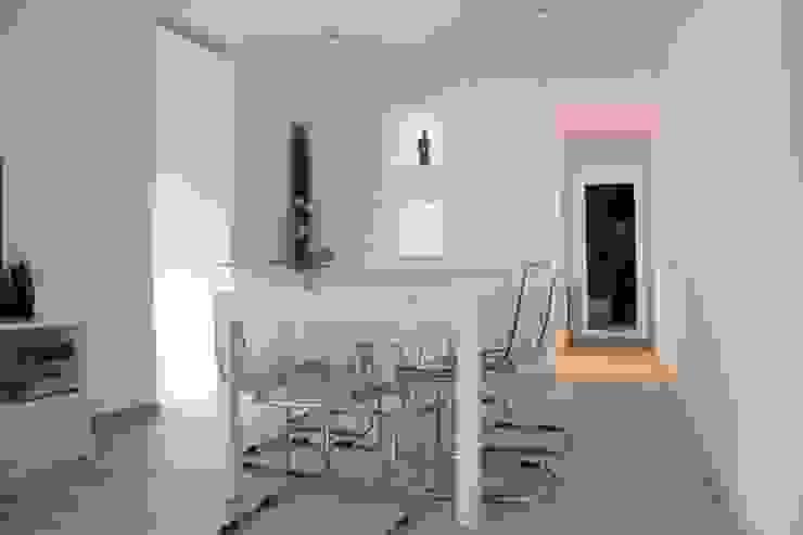 Alcazar Construcciones Minimalist dining room