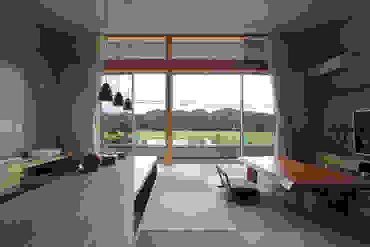 和気町の家: 福田康紀建築計画が手掛けたリビングです。,和風
