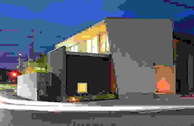 Casas modernas de 福田康紀建築計画 Moderno