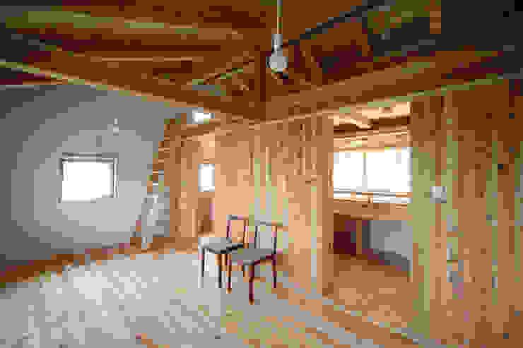 子供部屋 オリジナルデザインの 子供部屋 の 芦田成人建築設計事務所 オリジナル