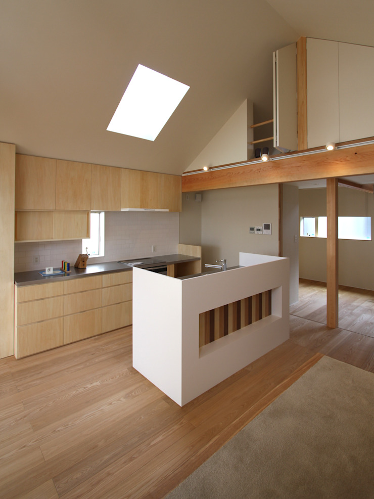Modern style kitchen by 福田康紀建築計画 Modern